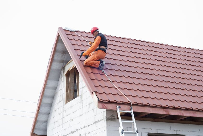 Mennyibe kerül egy tetőcsere 2020